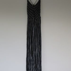 Maxi dress with two slits